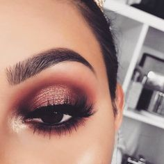 only eyes for you! Saturday makeup inspo! #lipstikshoes