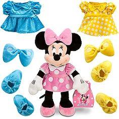 I always knew Minnie was a diva! ;-)