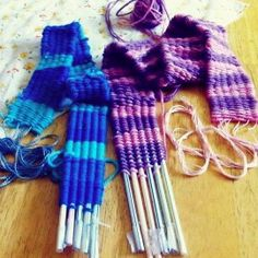 """I did this with all my fifth grade classes this past school year. They loved it! Sucking the yarn through the straws got a lot of giggles! """"Over, under, ov (Diy Crafts With Yarn) Straw Weaving, Weaving For Kids, Loom Weaving, Projects For Kids, Craft Projects, Project Ideas, Arts And Crafts, Diy Crafts, Yarn Crafts For Kids"""