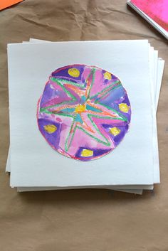 Circle art project :: math and art activity for preschool :: STEAM activity