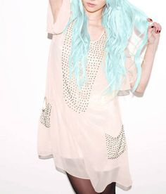 taylor momsen blue hair luv it Taylor Momsen, Taylor Michel Momsen, Looks Black, Pastel Hair, Pastel Blue, Rainbow Pastel, Pastel Colors, Dye My Hair, Gossip Girl