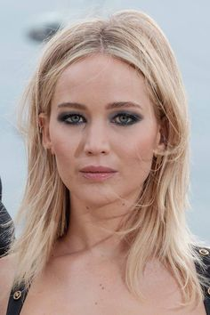 Jennifer Lawrence at the Red Sparrow Photocall in London. (Corinthia Hotel) February 20th