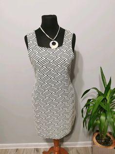 Sukienka na szerokich ramionach rozm. 42 Topshop - Vinted Topshop, Dresses, Fashion, Vestidos, Moda, Fashion Styles, Dress, Fashion Illustrations, Gown