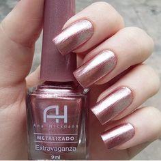 I put my nail polish like a pro! - My Nails Heart Nail Designs, Nail Polish Designs, Nails Design, Sns Nails Colors, Nail Polish Colors, Rose Gold Nail Polish, Stylish Nails, Trendy Nails, Nail Deco