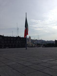 #Flags #México Plaza de los Mártires en Toluca, Me