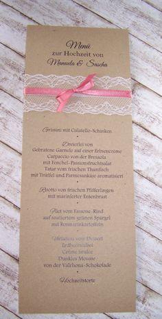 Menükarten, Tischpläne, Gästebücher mit Spitze im Vintage-style passend auch Gastgeschenke, Namenskarten und Dankekarten oder auch Kirchenhefte. Besondere Hochzeitspapeterie in Handarbeit erstellt passenden Einladungen zur Hochzeit.