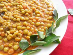 Easy Everyday Peas Curry Ingredients Include: Peas, Onions, Tomato, Ginger-Garlic paste, Kashmiri Chilli powder, Coriander Powder, Garam Masala, Turmeric Powder, Pepper, Mustard Seeds, Cinnamon, cloves, peppercorns, Curry leaves