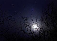 Moon and Jupiter in skies throughout world last night