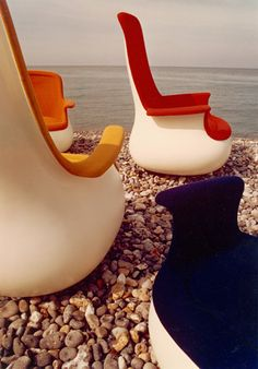 Easy Chair by Knoll / Selected by www.20emesiecle.be / #Knoll #Easychair
