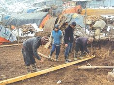 government is not supporting quake victims to construct temporary shelters