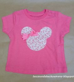 Camiseta de algodón en color rosa, con la silueta de Minnie Mouse http://lascosasdehechoamano.blogspot.com.es/