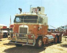 One Of TNT's Old Girls Vintage Trucks, Old Trucks, Pickup Trucks, Clean Metal, Road Train, Cab Over, Kenworth Trucks, Edd, Classic Trucks