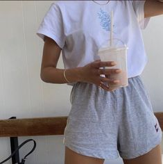 My Pins Dope outfits 159666749276398989 Mode Dope Mode inspo outfits Pins 80s Fashion, Look Fashion, Fashion Outfits, Fashion Clothes, Fashion Spring, Fashion Women, Fashion Ideas, Fashion Hacks, Nail Fashion