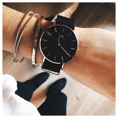 Regardez cette photo Instagram de @_marionbnt_ • 764 J'aime Photo Instagram, Instagram Posts, Daniel Wellington, Watches, Accessories, Black, Fashion, Watch, Moda