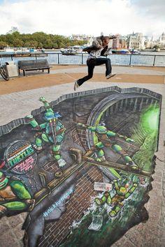 3D Joe & Max: TMNT Street Painting - http://www.animated-review.blogspot.co.uk/2012/10/3d-joe-max-tmnt-street-painting.html