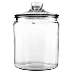 The Heritage Hill glass jar is the perfect container to store cookies, flour, sugar, nuts and other items. It has a wide mouth for easy access. Its resistant to stains for easy cleaning and is dishwasher safe. With a crystal clear body and a vintage-style closing lid, this glass jar is a nice storage solution for any kitchen.