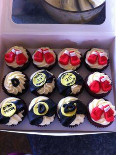 Boxing cupcakes