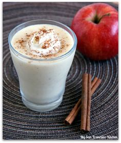 Apple Pie Smoothie- 18 Healthy Smoothie Recipes for Winter