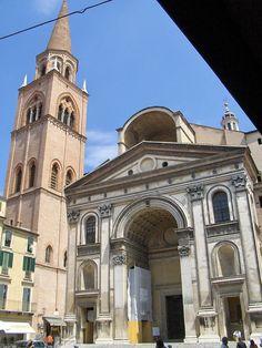 Leon Battista Alberti.  Facade, S. Andrea. Mantua. Begun 1472  #architecture #alberti