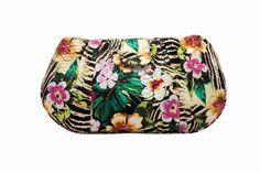 Mas de la colección de Claudia Estrada | bolsa en pitón estampado tropical primavera verano 2014 en CAÑAMIEL