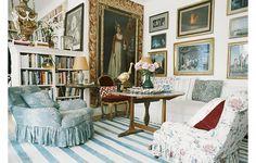 Textile designer and creative director for Oscar de la Renta Home, Carolina Irving,...