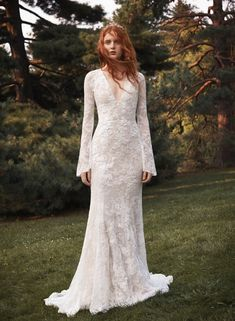 51f6fda1f7a 312 Best WHITE x Vera Wang Wedding Dresses and Bridesmaids images in ...