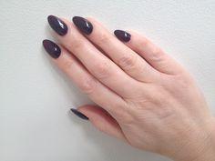 Almond acrylic nails with Bellas Vampire Gelish