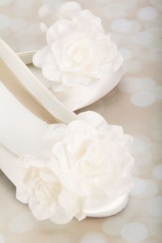 Beautiful contemporary flat wedding shoes. A must for every bride. Wedding Flats Ballet Wedding Flats Wedding Shoes by Parisxox
