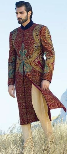 My servant for the bath., at the Roman bathhouse. Indian Man, Indian Groom, Groom Wear, Groom Outfit, Indian Men Fashion, Mens Fashion, Wedding Suits, Wedding Men, Handsome Arab Men
