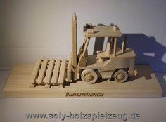 Lagertechnik Geschenke Spielzeug aus Holz