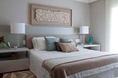 Uma decoração acolhedora. Veja: http://casadevalentina.com.br/projetos/detalhes/feito-para-acolher-554 #details #interior #design #decoracao #detalhes #decor #home #casa #design #idea #ideia #charm #charme #casadevalentina #bedroom #quarto #dormitorio