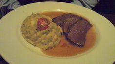 Pièce de bœuf rôtie avec sa purée de pommes de terre aux olives  / La queue de bœuf - Paris 19  (avis restau complet sur le blog)