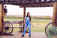 Ver esta foto do Instagram de @cativar • 78 curtidas editorial fashion moda loja flor de lis macacão jeans Fernanda Sabô Fotografia