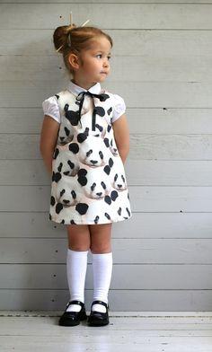over panda's,uniformen en een Chinees thema Little Girl Outfits, Little Girl Fashion, Little Girl Dresses, Girls Dresses, Little Girl Style, Baby Dresses, Dress Girl, Toddler Girl Style, Toddler Fashion