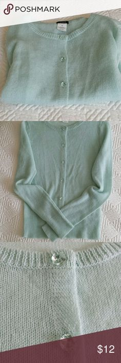 Women's sweater Soft mint green colored sweater with clear, translucent buttons. J. Crew Sweaters Cardigans