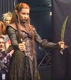 Tolkien Hobbit, O Hobbit, Kili And Tauriel, Lotr Elves, Thranduil, Legolas, The Hobbit Movies, Elfa, Female Armor