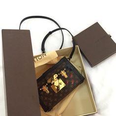 Louis Vuitton 'Petite Malle'