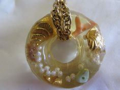 """Vintage Lucite Round Pendant Necklace with Beach Theme 1950's 1.5"""" #Mod"""