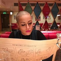 #shavedheadedbabes #headshave #baldgirl #girlswithbuzzcuts #buzzedbeauty #buzzcut #buzzedgirls #baldgirl #baldwoman #nohair #nohairdontcare #shavedheadgirl #shavedheadedbabes #shavedhead #haircut #crewcuts #baldisbeautiful #buzz#bald#clippers#clippercut#headshaving #shorthair #shorthairdontcare #shorthairstyles #glatze #rapada #pelocorto #undercut#shave #baldbeauty