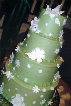 green wedding cakes weddings-trends