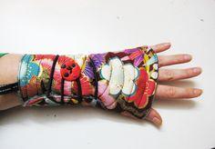 mitaines réversibles à enrouler la soeur de Christel n 35 : Mitaines, gants par la-soeur-de-christel