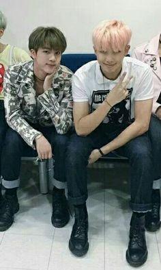 Namjin I love rapmon's outfit oml Seokjin, Kim Namjoon, Kim Taehyung, Namjin, Bts Boys, Bts Bangtan Boy, Bts Memes, Jung Hoseok, K Pop