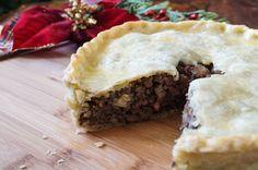 Paleo Sweet Potato Pie with Lamb via PaleoKitchenLab Canadian Meat Pie Recipe, Canadian Food, Canadian Recipes, Lamb Recipes, Whole Food Recipes, Cooking Recipes, Paleo Recipes, Delicious Recipes, French Meat Pie
