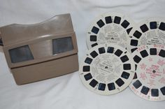 Vintage Viewmaster Toy with Reels - We had one of these with some different reels, but the only reel I remember for sure was the one of historical vacation sites like the Grand Canyon and Yellowstone. Vintage Toys 1960s, 1960s Toys, Retro Toys, Vintage Love, 1970s, My Childhood Memories, Childhood Toys, Sweet Memories, Nostalgia