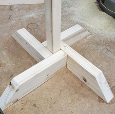 Self Standing Base Only, Base to hold a wood post, Post/Stake sold separately, Signpost Base, Sign s Woodworking Projects Diy, Diy Wood Projects, Woodworking Shop, Wood Crafts, Woodworking Plans, Woodworking Basics, Woodworking Magazine, Woodworking Classes, Diy Bird Feeder