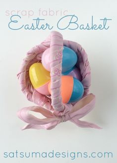 Easy scrap fabric Easter basket is a perfect use for left over material to make Easter bright and cheery. Great kids craft to teach dexterity and patience! Easter Projects, Easter Crafts, Easter Ideas, Diy Projects, Diy For Kids, Crafts For Kids, Easter Specials, Fabric Scraps, Scrap Fabric