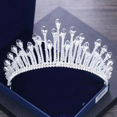 In stock or not: Shipping in 48 hours; Shown Color: Silver; Embellishment: Beading, Crystal, Rhinestone; Material: Metal; Occasion: Wedding; Sets: Tiara; Trend Collections: Chic / Beautiful; Years: 2018; Bridal Crown, Bridal Tiara, Bridal Earrings, Wedding Jewelry, Rhinestone Wedding, Crystal Rhinestone, Princess Jewelry, Silver Tiara, Royal Tiaras