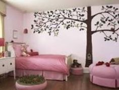 This would be a very cute bedroom for a 6-8 year old!