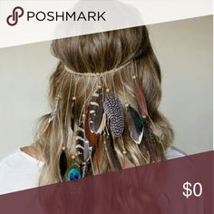 ✨Its here!✨Boho Feather Headband🐾💕 Bohemian style feather headband. As pictured in bottom picture. Not all headbands will be identical due to being made of natural feathers. Accessories Hair Accessories