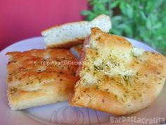 Focaccia cu oregano Baked Potato, Camembert Cheese, Mashed Potatoes, Baking, Ethnic Recipes, Food, Bread Making, Meal, Patisserie